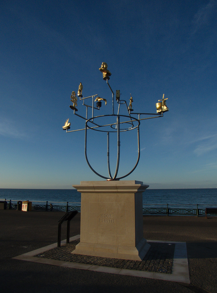 "Hove Plinth: Construction and ""Constellation"" - Jonathan Wright Sculpture"