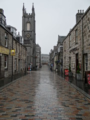 Belmont Street in the rain (Ian Robin Jackson) Tags: rain aberdeen scotland sony zeiss street colours summer buildings belmontstreet glisten church
