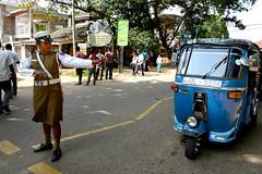 Policewoman (MelindaChan ^..^) Tags: srilanka 斯里蘭卡 chanmelmel mel melinda policewoman melindachan culture life polic lady