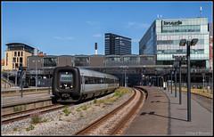 DSB MFB 5277 (IC 149), Aarhus H, 7-8-2018 (Allard Bezoen) Tags: trein train zug dieselzug dieseltrein diesel triebwagen treinstel dsb danske statsbaner mf mfb 5277 ic intercity 149 langå st aarhus h bombardier