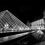 Night in Paris thumbnail
