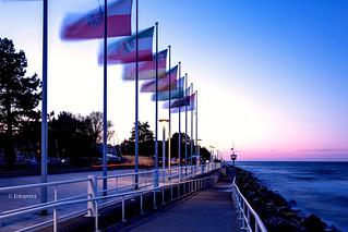 Die Flaggen wehen im Wind..............