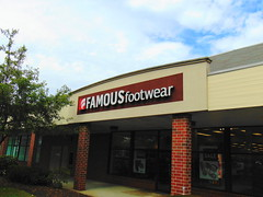 Famous Footwear (Old Saybrook, Connecticut) (jjbers) Tags: old saybrook shopping plaza connecticut june 22 2018 famous footwear
