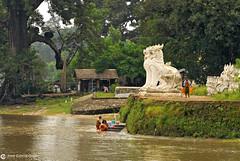 11-10-04 02 Myanmar (70) R01 (Nikobo3) Tags: asia myanmar burma birmania mandalay culturas templos paisajeurbano paisajes naturaleza travel viajes nikon nikond200 d200 nikon7020028vrii nikobo joségarcíacobo