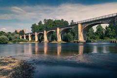 Viaduc de Montrond avec son château au loin (mick42m) Tags: bridge viaduc montrondlesbains eau water reflection canon77d canon canonfrance longexposure poselongue nd1000