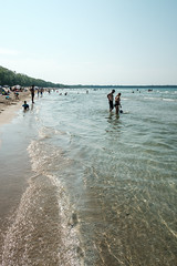 20180805 beach (chromewaves) Tags: fujifilm fujinon xf 1855mm f284 r lm ois xt20