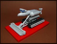 Moon Scraper (Karf Oohlu) Tags: lego moc microscale constructionequipment bulldozer grader trackedvehicle