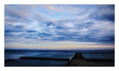 untitled (kouji fujiwara) Tags: morning blue horizon seascape sea seaofjapan 日本海 佐渡島 fujifilm fujifilmxt2 xt2 fujinon xf1655mmf28 xf1655mm f28