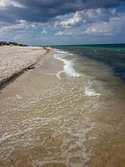 Urlaub am Strand (Taxibernd) Tags: wellen sonne strand selimaclub kantaoui meer tunesien urlaub hammamsousse sousse tn