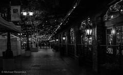 (photo.po) Tags: ef24mmf28stm canont6 canonphotography canon handheld darkness availablelight nightphotography night lights downtownsanantonio downtown marketsquare sanantonio texas