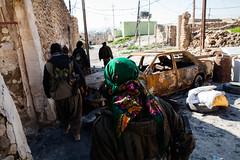 IMG_6643.jpg (Reportages ici et ailleurs) Tags: kurdistanirakien urbanwar kurdes sinjar pkk yezidis peshmerga battle city yekineyenberxwedanshengale ybs guerre shengal ezidis guerreurbaine yannrenoult fight bataille war isis hpg ypg yjastar etatislamique montagne guerilla kurd ville yekineyenparastinagel mountain