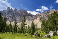 Sotto il Latemar (cesco.pb) Tags: valdifassa passodicostalunga valdega trentinoaltoadige italia italy latemar alps alpi dolomiten dolomiti dolomites canon canoneos60d tamronsp1750mmf28xrdiiivcld montagna mountains