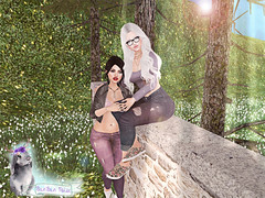 Feel The Sunlight Pose! (BunBun Poise) Tags: secondlife sl couple love pose lgbt poses shop girls women