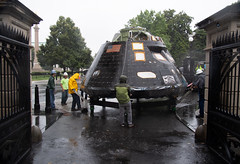 Orion Arrival at White House Complex (NHQ201807210010) (NASA HQ PHOTO) Tags: whitehouse eisenhowerexecutiveofficebuildingeeob orion washington dc explorationflighttest1 eft1 usa nasa joelkowsky