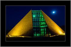 Kunstpavillon bei Vollmond (alfred.hausberger) Tags: kunstpavillon eschlkam beleuchtung