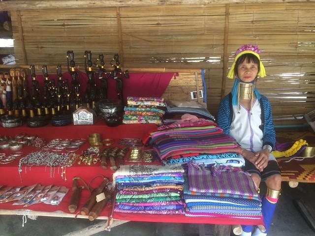 タイ北部山岳民族訪問ツアー(チェンマイ発のオプショナルツアー)