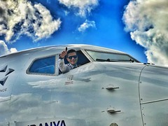 Wish you safe and pleasant flight      ➖➖➖➖➖➖➖➖➖➖➖➖ (omerinci63) Tags: aircraft airplane pilot aviator aviation snapseed vscocam daily picoftheday allshots igers iphone cool sky cloud tbt me hot smile megaplane best nature amazing sun fly flight beauty
