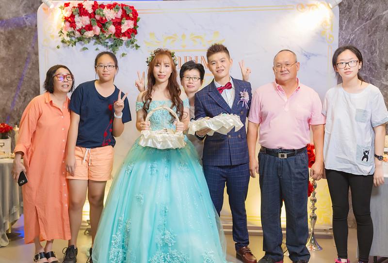 [婚攝] 仕斌 & 佩琪 巨蛋文尚會館 | 定結晚宴-送客搶先看 | 婚禮紀錄
