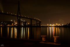 Köhlbrandbrücke Hamburg (stein.anthony) Tags: cityscape cityhighlight city stadt hafen hamburg nachtaufnahme nightview nightscape architektur architecture langzeitbelichtung longexposure brücke bridge elbe fähranleger