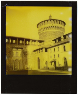 Yellow October day in  Milan 5
