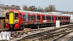 387222 (JOHN BRACE) Tags: 2015 bombardier derby built class 387 electrostar emu 387222 seen east croydon station gatwick express livery