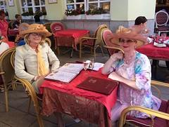 Rossini (Marie-Christine.TV) Tags: feminine lady mariechristine skirtsuit hat kostüm hut hüte ladies