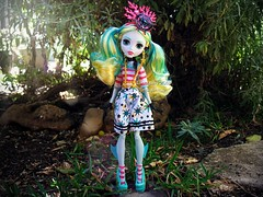(Linayum) Tags: lagoonablue lagoona monsterhigh monster mh mattel doll dolls muñeca muñecas toys toy juguetes garden linayum