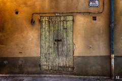 Valensole (flo73400) Tags: porte door old