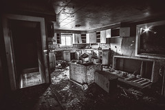 What's Cooking? (PNW-Photography) Tags: pasco kahlotus sony a6000 rokinon rokinon12mm sonya6000 urbex abandoned lost found explore explored exploration washington rusty dusty dust rust rural interior kitchen old