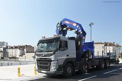 Volvo FM 460 (Alexandre Prévot) Tags: travaux construction chantier worksite buildingsite construcción baustellebauplatz cugn grandnancy lorraine pmcranes crane pm100sp