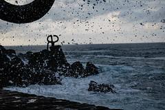 Haizearen Orrazia 8 (inigo.palacios) Tags: donostia itsasoa haizearenorrazia olatua ura haizearen orrazia san sebastian sea waves drop escultura sculpture water chillida mar gota ola agua elpeinedelosvientos