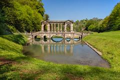 Palladian Bridge (Les Cornwell Photos) Tags: nationaltrust priorpark nt palladian lake bridge reflection bath