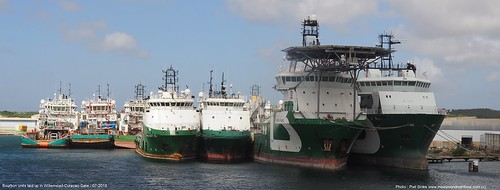 bourbon units laid up at curacao@piet sinke 07-2018 (3)