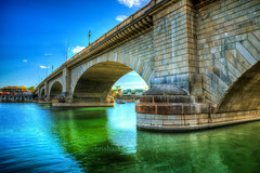 London Bridge Arizona (ChrisN02) Tags: arizona arizonaoasis blussky boats bridge coloradoriver desert lake lakehavasu lakehavasusunset london londonbridge robertpmccaulloch sky sunset water nikon d800