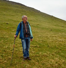 A mountaineer (mikael_on_flickr) Tags: wanderlust franco husband marito trekking gjógv føroyar færøerne faroeislands isolefaroe hill montagna