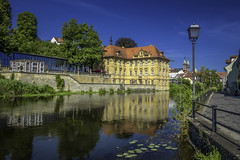 Bamberg - Villa Concordia (dietmar-schwanitz) Tags: bamberg bayern bavaria franken franconia oberfranken upperfranconia deutschland germany villaconcordia wasserschlossconcordia architektur architecture bauwerk building gebäude regnitz fluss river wasser water spiegelung reflections himmel sky blau blue blauerhimmel bluesky farbe color colour internationaleskünstlerhaus ignaztobiasböttinger johanndientzenhofer nikond750 nikonafsnikkor24120mmf40ged lightroom urlaub vacation reise travel freizeit colorefex nikcollection dietmarschwanitz