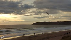 2018-07-29_11-42-20 (mich53 - thank you for your comments and 5M view) Tags: normandie manche plage beach france lespieux capdeflamanville cerfvolant samsunggalaxynote8 normandy sunset