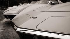 they hunt in packs (jtr27) Tags: dscf9796xl jtr27 fuji fujifilm xt20 xtrans minolta md 28mm f28 mdiii manualfocus chevrolet chevy corvette antique vintage classic car auto automobile blackandwhite monochrome bw nb