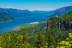 """Portland Women's Forum State Scenic Viewpoint (Jeremy Thomas Photography) Tags: portlandwomensforumstatescenicviewpoint columbiarivergorge portland oregon portlandoregon or vistahouse crownpoint landscape nature green blue mountains sky skies beautiful pretty gorgeous stunning amazing color colors colorful light lights lighting sony alpha mirrorless """"a7r mark iii"""" """"sony a7r hd high def definition raw lightroom 4 3 full frame digital exposure prime fixed ef 85mm 85l 85f12 usm lens bokeh dof quality fijizzle sharp portrait telephoto fov"""