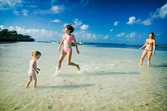 playing in shallow water (phitar) Tags: beach topf25 water indonesia anne play 2006 salome whitesand sulawesi bira isoline phitar