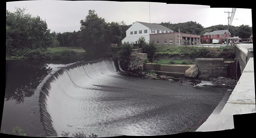 Panorama of Merrimack Dam (20060820)