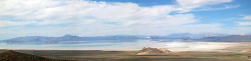 Bakhtegan lake