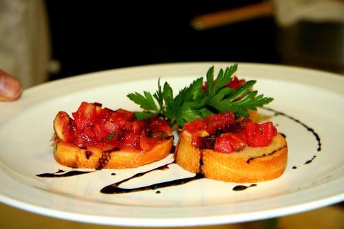 Tomato bruschetta with balsamic vinegar reduction