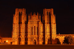Wells Cathedral (Joe Dunckley) Tags: uk england architecture night churches cathedrals wells somerset wellscathedral