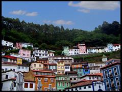 Cudillero (inbeesible) Tags: espaa colors saturated spain village pueblo asturias colores saturado cudillero 50club 50clubcalidad