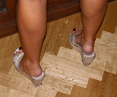 wedgies (pucci.it) Tags: feet shoes toe pinki wedgies