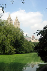 NYC - Central Park: Wagner Cove (wallyg) Tags: park nyc newyorkcity lake ny newyork skyline nhl centralpark manhattan landmark upperwestside gothamist sanremo uws thelake nationalhistoriclandmark nationalregisterofhistoricplaces wagnercove usnationalhistoriclandmark nrhp usnationalregisterofhistoricplaces newyorkcitylandmarkspreservationcommission nyclpc sceniclandmark
