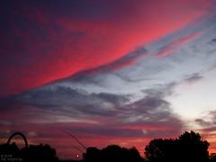 Jehovah's brilliant paint brush (MacSmiley) Tags: morning sky nature clouds sunrise canon dawn horizon 2006 powershot interestingness60 i500 specnature s3is jehovahscreation imagekind macsmiley abigfave 91506