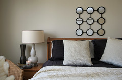 cheap and chic (The 10 cent designer) Tags: bed bedroom interior staging gettyimages interiorphotography interiorphotographer interiorsset loriandrewsinteriors