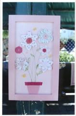 quadrinhos com flores de tecido (Carla Cordeiro) Tags: boto fuxico colagem yoyo croche dobradura floresdetecido flordefuxico floresdefuxico